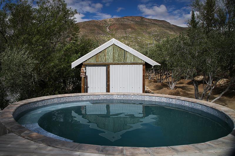 Resivior pool